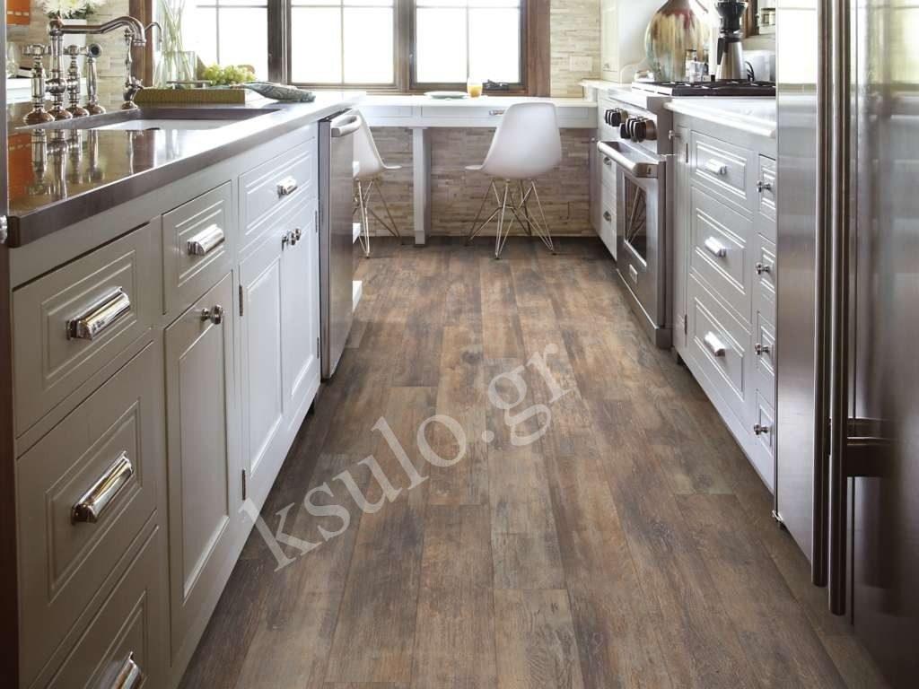 ξύλινο πάτωμα κουζίνας